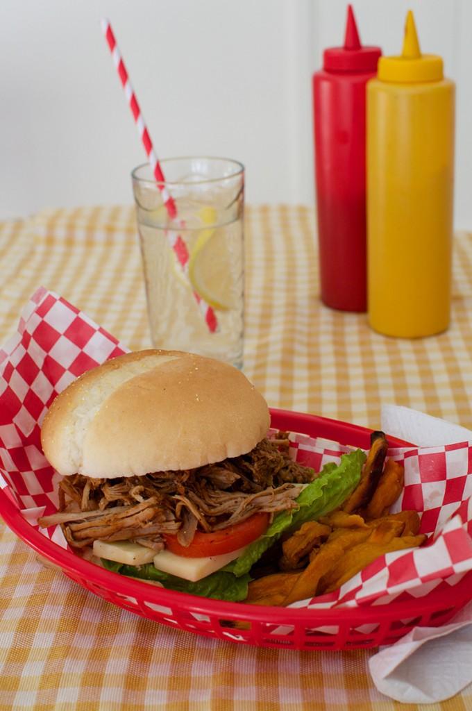 hamburger au porc effiloché-2