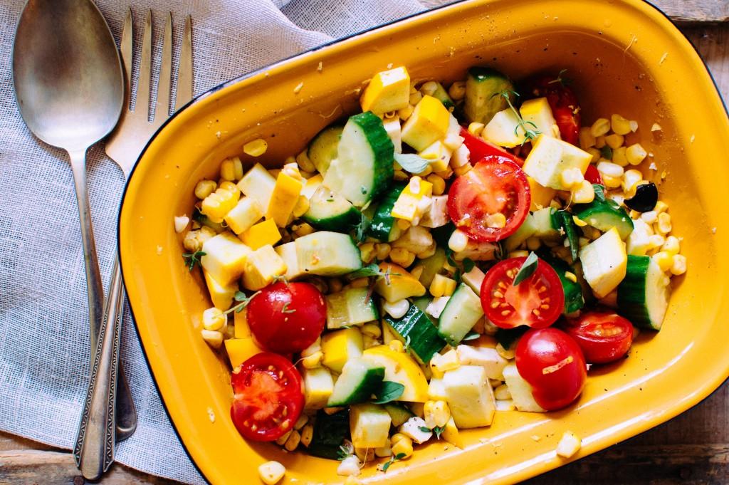 salade de légumes et feta